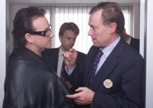 Horst Köhler, managing director of the International Monetary Fund (IMF), in conversation with rockstar Bono on debt relief for developing countries, IMF-World Bank annual convention, Prague, September 2000 (courtesy of the IMF).